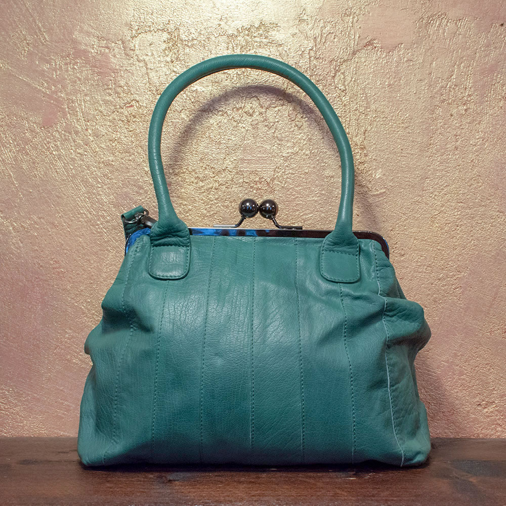 Ravello-Bag Smoke Pine 159€