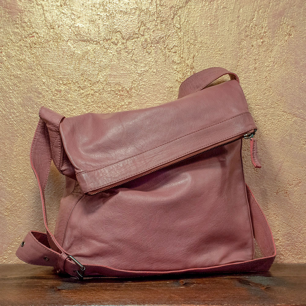 Stick & Stones Flap-Bag vintage pink