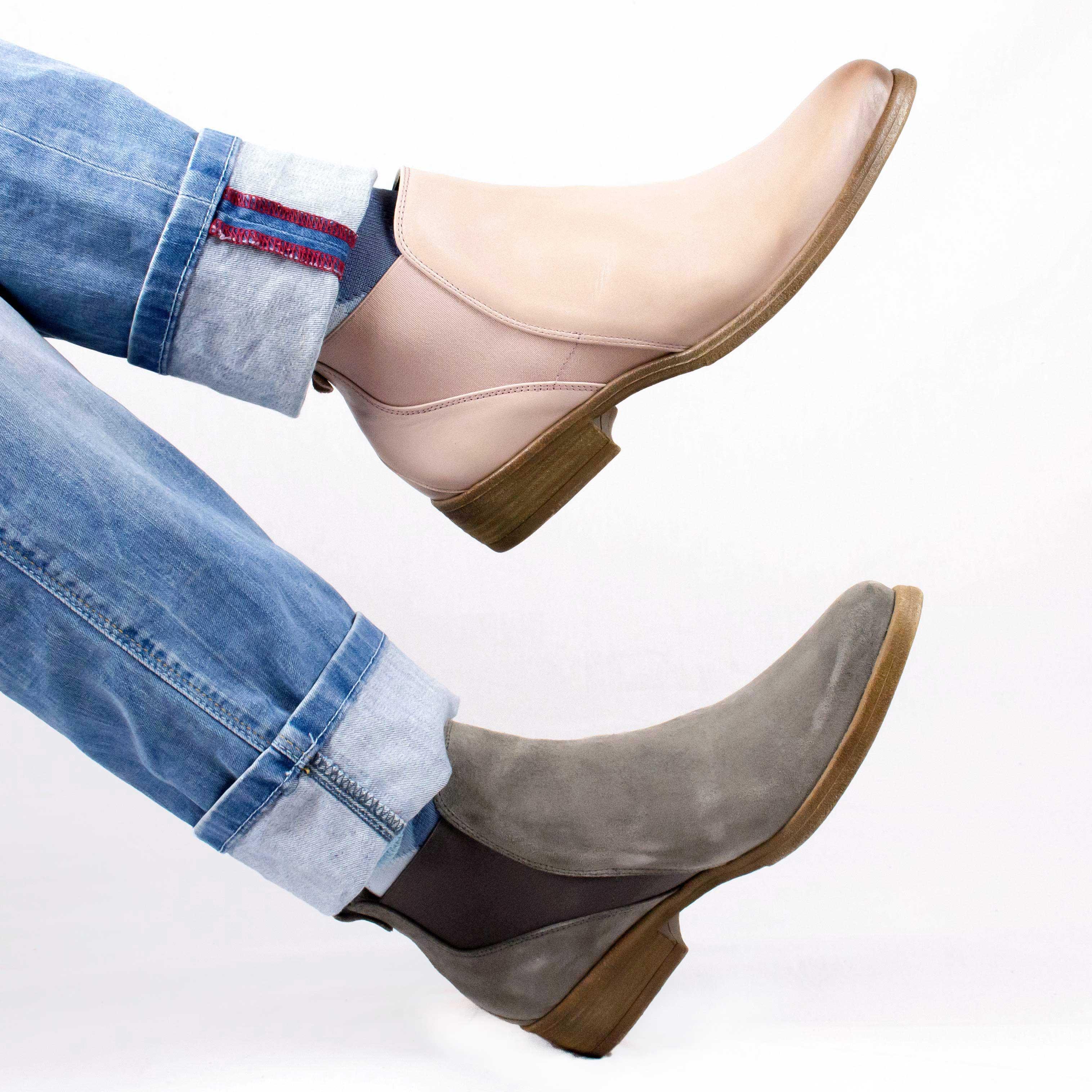 COM Boots